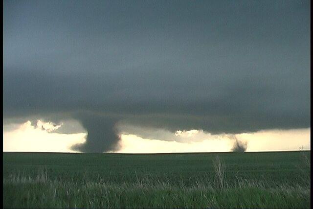 File:Brown County Tornado 4.jpg