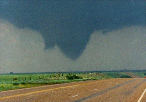File:Tornado 95.jpg
