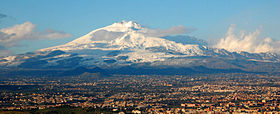 File:Mt Etna and Catania1.jpg