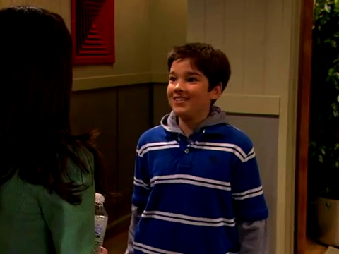 File:ICarly.S01E01.iPilot.HR.DVDRiP.XviD-LaR.avi 000277541.jpg