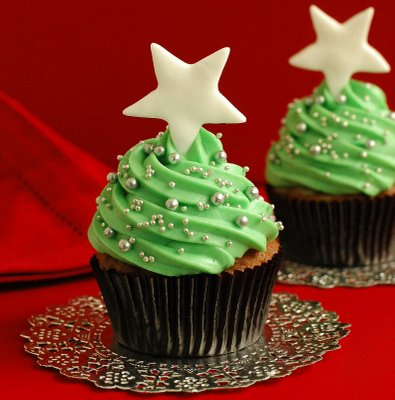 File:Christmas-cupcakes.jpg