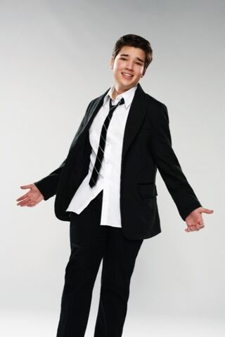 File:Adorable nathan kress.jpg