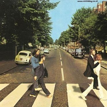 File:Beatles-on-Back o 22696.jpg