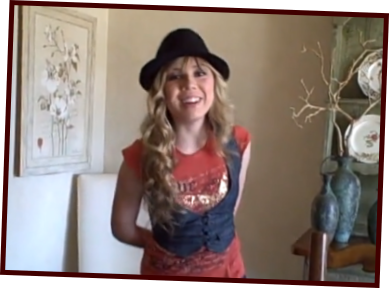 File:Jennette-mccurdy-right-as-rain.png