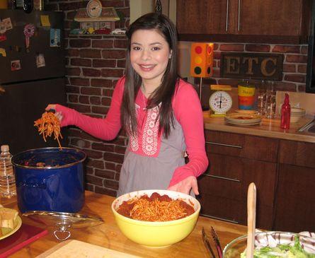 File:Spaghettiandmeatballsfromcarly.jpg