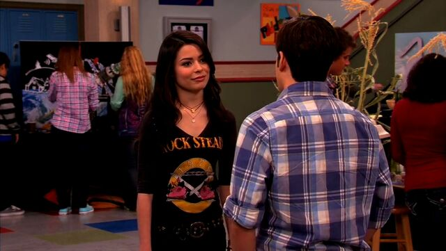 File:ICarly.S04E10.iOMG-HD.480p.Web-DL.x264-mSD.mkv 000952063.jpg