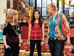 Jane-Lynch-on-iCarly 400