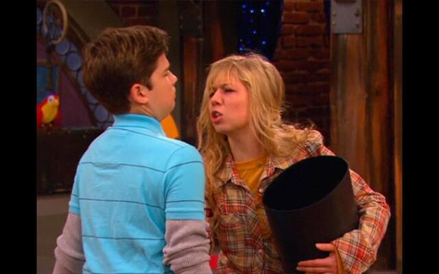 File:IReunite-with-Missy-icarly-6524755-1024-640.jpg