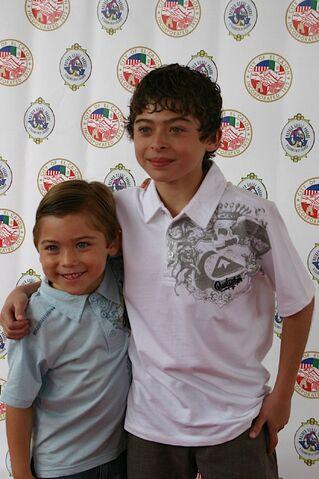 File:Raymond and Ryan Ochoa.JPG