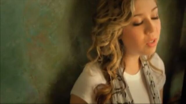 File:Jennette you're everything to me.jpg