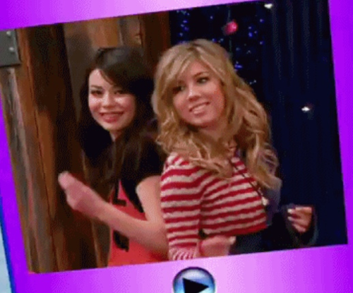 File:New icarly sam and carly.png