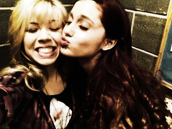 File:Jennette and Ariana May 3, 2013.jpg
