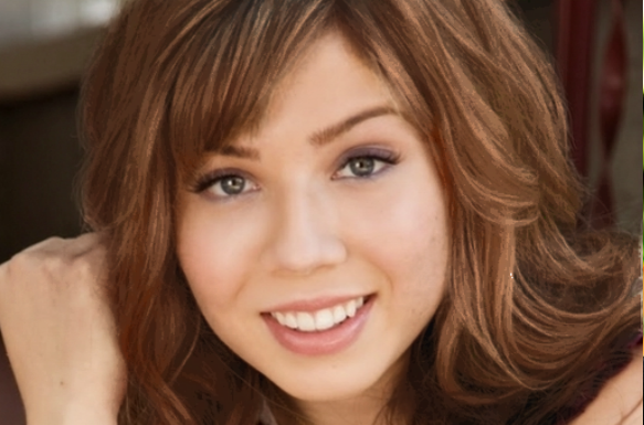 File:Hair color changing jennette.png