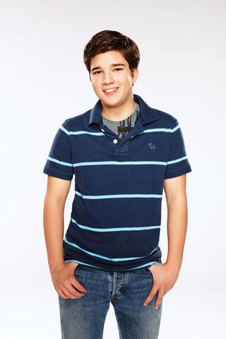 File:Freddie photo2g.jpg