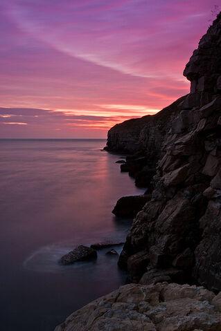 File:Jurassic Gargoyle, Dorset.jpg