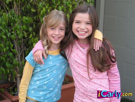 File:Young Carly and Sam.jpg