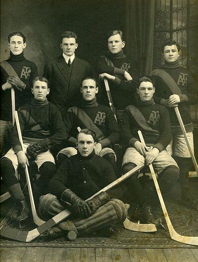 1913-14-MtA-Academy