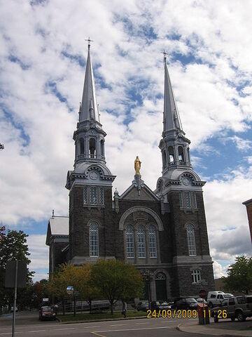 File:L'Ancienne-Lorette, Quebec.jpg