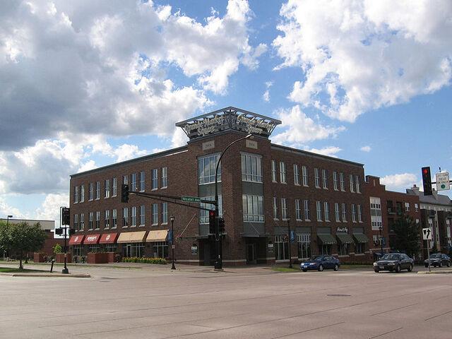 File:Burnsville, Minnesota.jpg