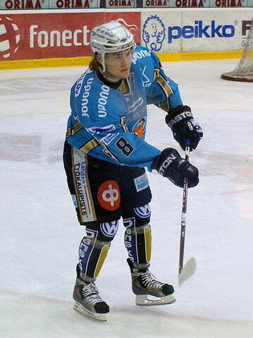 File:Kousa Mikko Pelicans 2009 1.jpg
