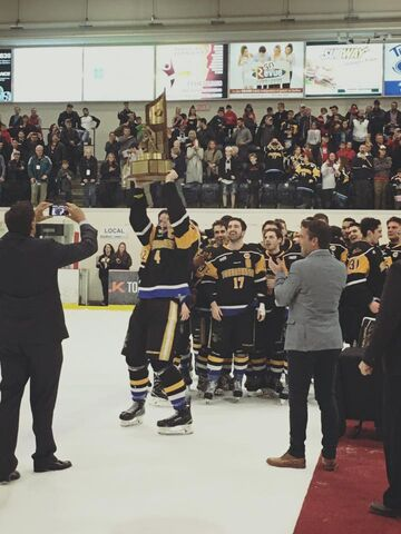 File:2017 Fred Page Cup champs Terrebonne Cobras.jpg