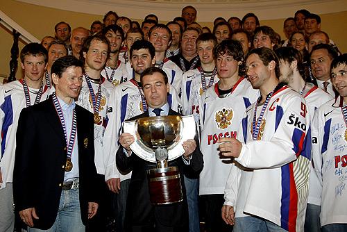 File:Dmitry Medvedev 20 May 2008-2.jpg