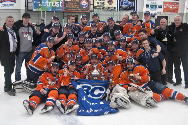 File:2017 Cyclone Taylor Cup champs Beaver Valley Nitehawks.jpg