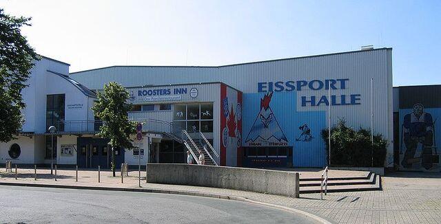 File:Iserlohn-Eissporthalle1-Asio.jpg
