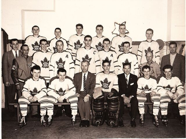 File:Maple Leafs Verdun 1957-58.jpg