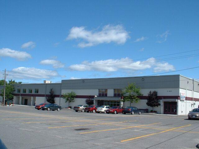 File:Carleton Place Arena.jpg