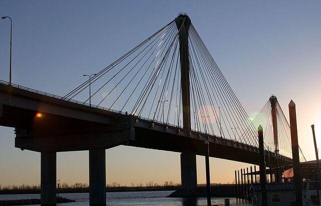 File:Alton, Illinois Bridge.jpg