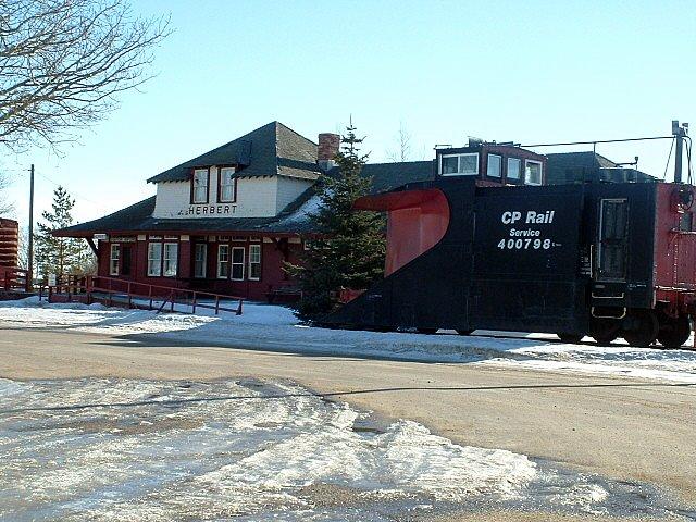 File:Herbert, Saskatchewan.jpg