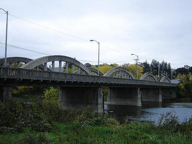 File:Bridgeport, Ontario.jpg