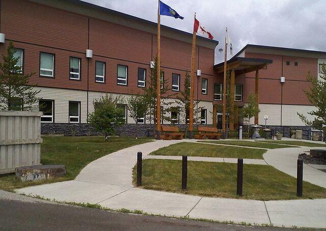 File:Hinton, Alberta.jpg