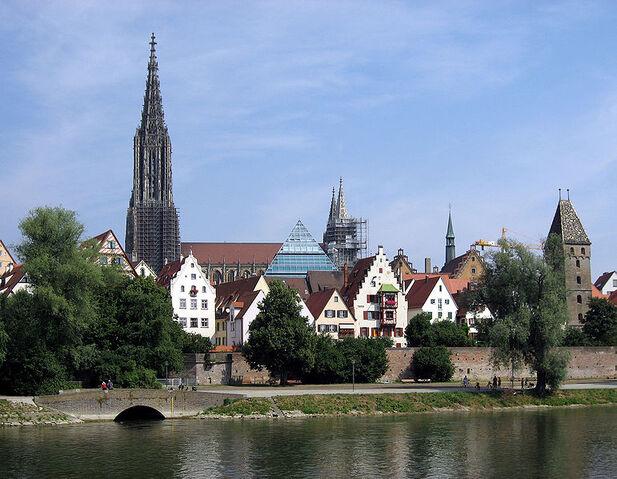 File:Ulm.jpg