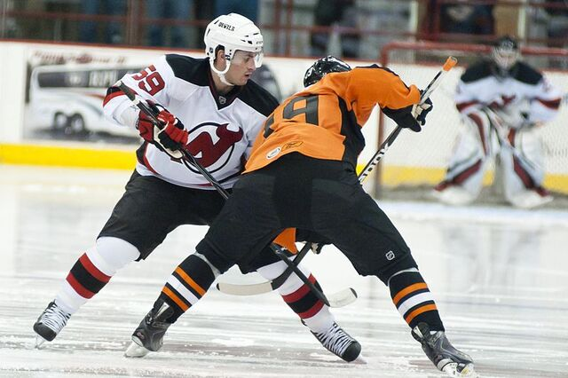 File:Adam Henrique, October 2nd, 10 - Albany Devils vs. Adirondack Phantoms (PreSeason) - Houston Field House.jpg