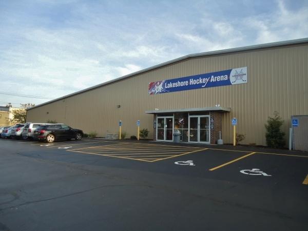 File:Lakeshore Hockey Arena.jpg
