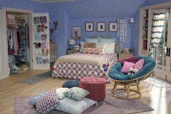 Lindy's Room6