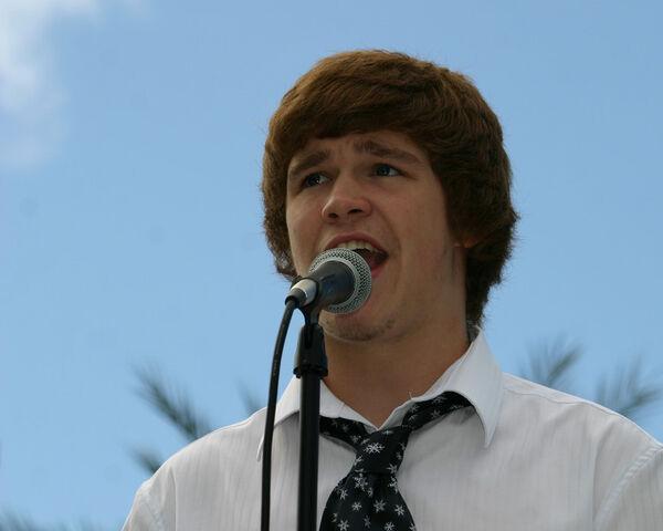 File:Peyton Singing.jpg