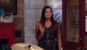 Jasmine Waving At Logan