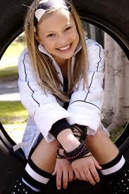 File:Olivia Wearing Black and White.jpg