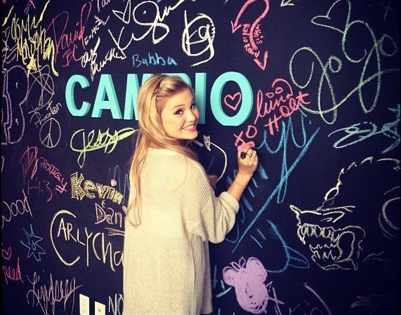 File:Olivia at Cambio.png