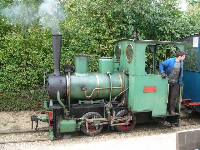 File:Locomotive 020 Decauville.jpg