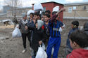 Afghan orphans receive new clothes -a