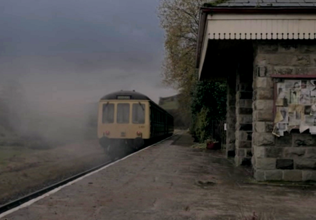 File:Roarton station.png