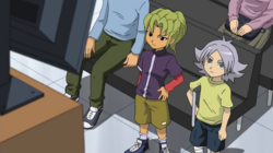 Midorikawa and Fubuki watching IE 85 HQ