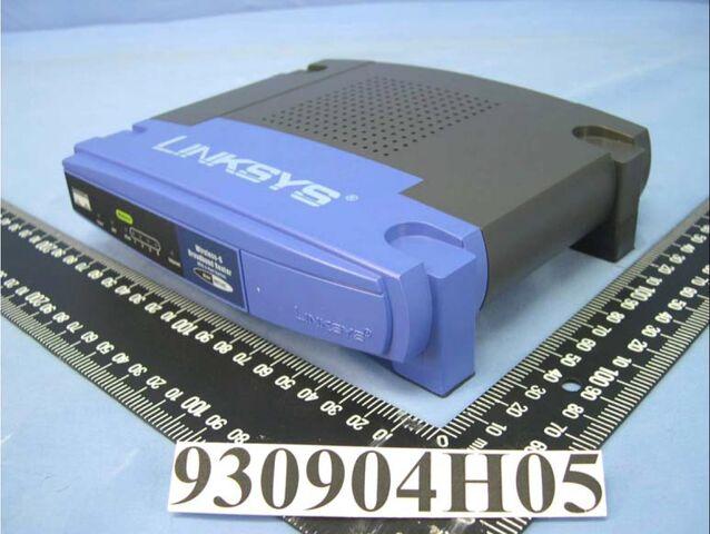 File:Linksys WRT54G v2.2 FCCg.jpg