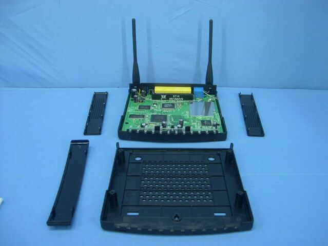 File:Linksys WRT150N v1.1 FCCf.jpg