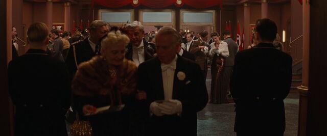 File:Old couple.jpg