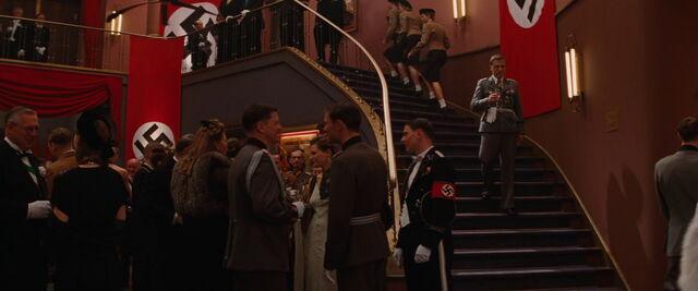 File:Hans Landa climbs down the stairs.jpg